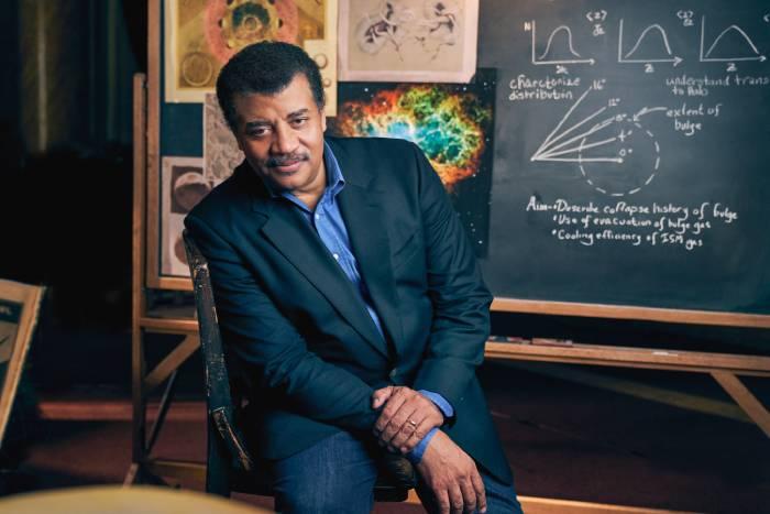 fisicos astronomos famosos