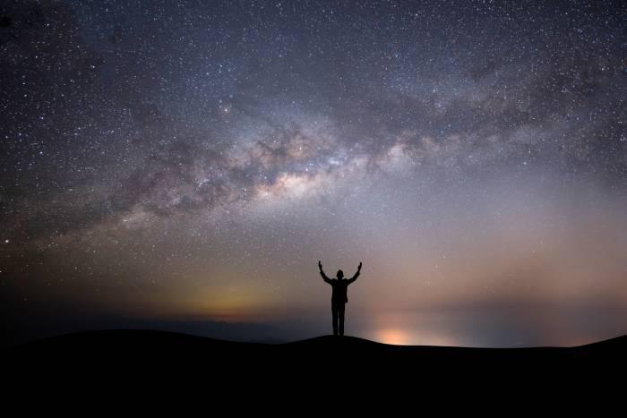 astronomos famosos para niños